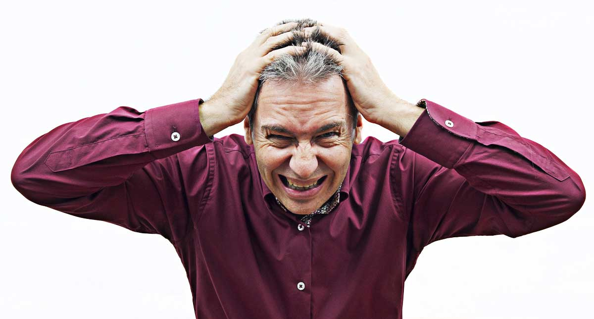 Alopecia da stress: cos'è e come si cura