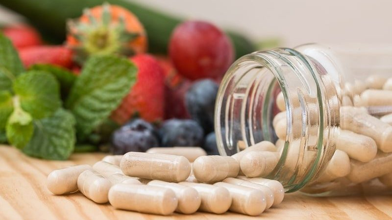l'importanza delle vitamine per la salute dei capelli